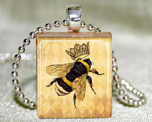 Queen Bee Scrabble Pendant with Necklace and Matching Gift Tin